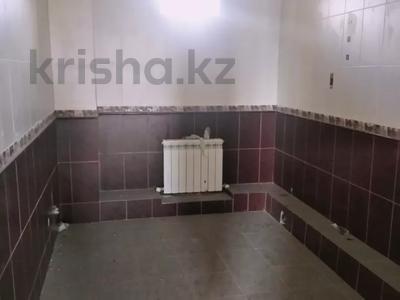 6-комнатный дом, 240 м², 10 сот., Макатаева 6 за 36 млн 〒 в Косшы — фото 16