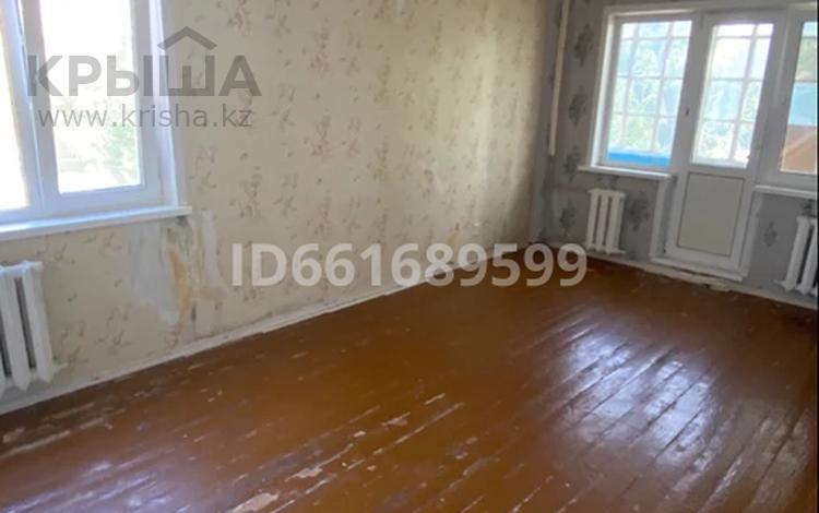 3-комнатная квартира, 62 м², 3/5 этаж, Евразия 60 за 13 млн 〒 в Уральске