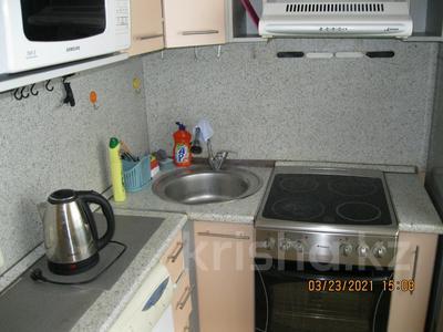 2-комнатная квартира, 60 м², 2/5 этаж посуточно, Айманова 44 за 7 000 〒 в Павлодаре