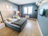 2-комнатная квартира, 65 м², 10/25 этаж посуточно, Каблукова 270 за 14 000 〒 в Алматы, Бостандыкский р-н