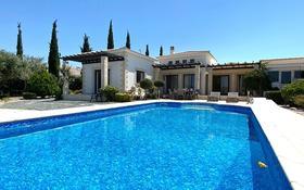 4-комнатный дом, 215 м², 14 сот., Гольф-курорт Secret Valley, Пафос за 324 млн 〒