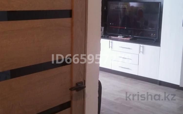 1-комнатная квартира, 42 м², 5/5 этаж, улица Курчатова 1/3 за 6.5 млн 〒 в Алтае