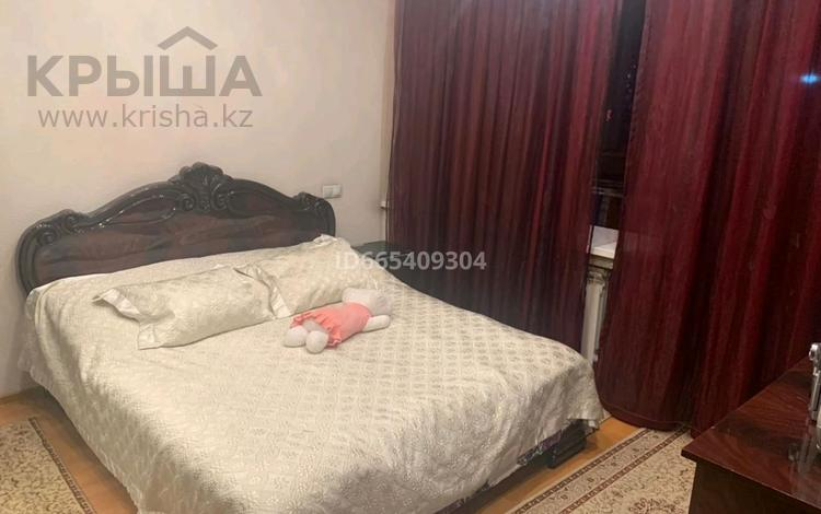 3-комнатная квартира, 72 м², 2/9 этаж, мкр Алмагуль 37 — Жарокова за 49 млн 〒 в Алматы, Бостандыкский р-н