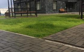1-комнатная квартира, 34 м², 3/10 этаж посуточно, Ильяс Омаров 23 за 5 000 〒 в Нур-Султане (Астана), Есиль р-н