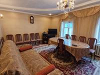 8-комнатный дом, 170 м², 9 сот., Хвойный переулок за 38 млн 〒 в Караганде, Казыбек би р-н