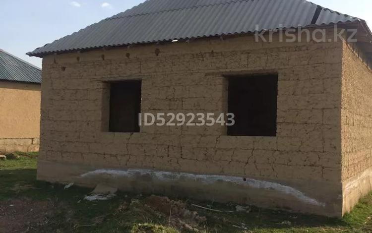 3-комнатный дом, 100 м², 10 сот., Карабастау за 8 млн 〒 в Шымкенте, Енбекшинский р-н