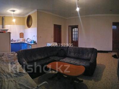 2-комнатная квартира, 56 м², 3/5 этаж, проспект Нурсултана Назарбаева 48 — Белинского за 15 млн 〒 в Усть-Каменогорске