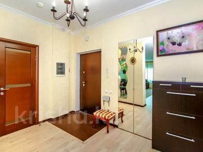 2-комнатная квартира, 108 м², 16/38 этаж посуточно, Достык 5 — Сауран за 12 000 〒 в Нур-Султане (Астана), Есиль р-н — фото 9