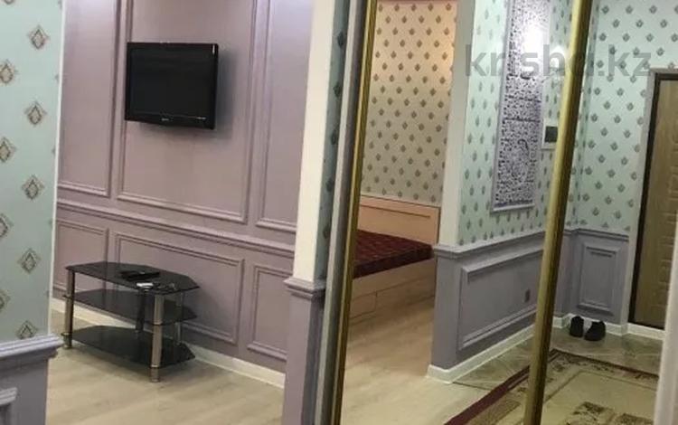 1-комнатная квартира, 45 м², 3/9 этаж помесячно, Сарайшык 5 — проспект Шакарима Кудайбердиулы за 120 000 〒 в Нур-Султане (Астана), Алматы р-н