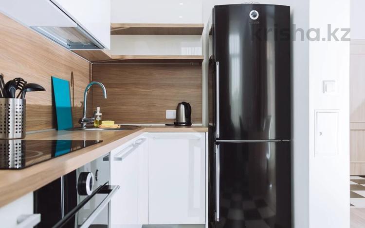 2-комнатная квартира, 52 м², 3/5 этаж посуточно, Едыге Би 82 за 9 000 〒 в Павлодаре