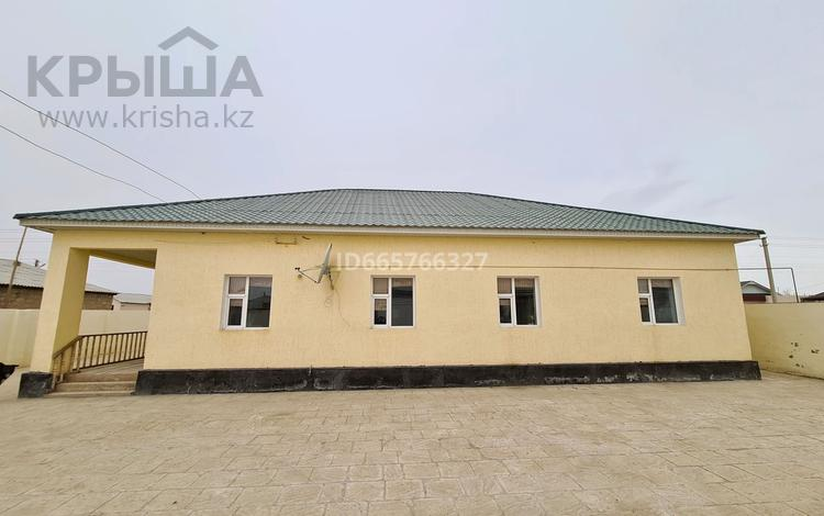8-комнатный дом, 191 м², 10 сот., Жосалы 15 — Бас жагы за 25 млн 〒 в Жанаозен