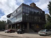 Здание, площадью 1503 м²