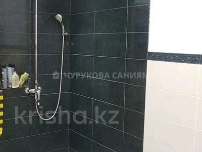 5-комнатный дом, 225 м², 8 сот., мкр Думан-2, Мкр Думан-2 за 75 млн 〒 в Алматы, Медеуский р-н — фото 11