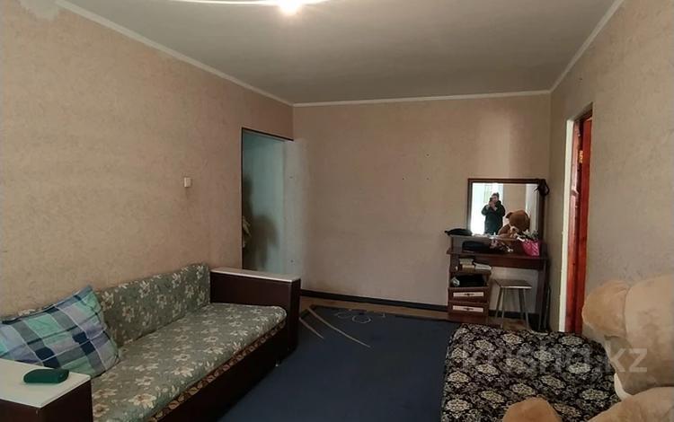 2-комнатная квартира, 46 м², 2/5 этаж, 3 мкр Жайлау 4/1 за 8.7 млн 〒 в Таразе