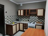 3-комнатная квартира, 81 м², 1/2 этаж посуточно, Белинского 2 за 13 000 〒 в Усть-Каменогорске