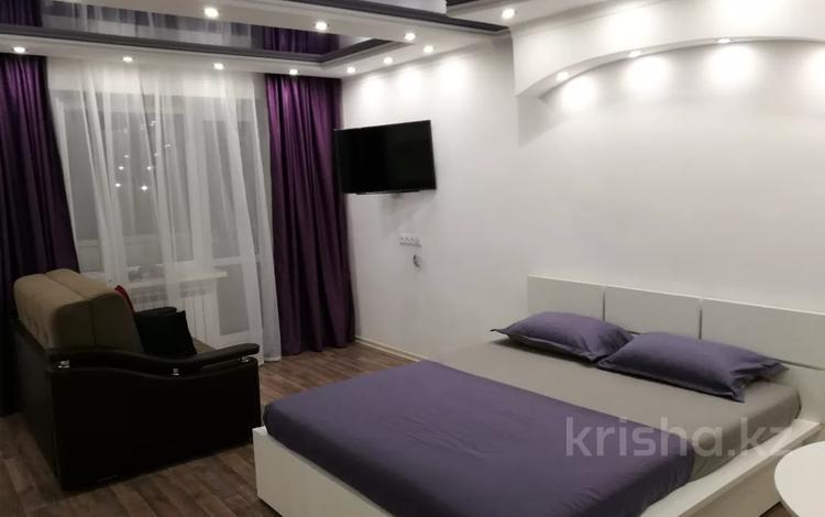 1-комнатная квартира, 32 м², 3/5 этаж посуточно, Можайского 9 — Бухар Жырау за 13 000 〒 в Караганде, Казыбек би р-н