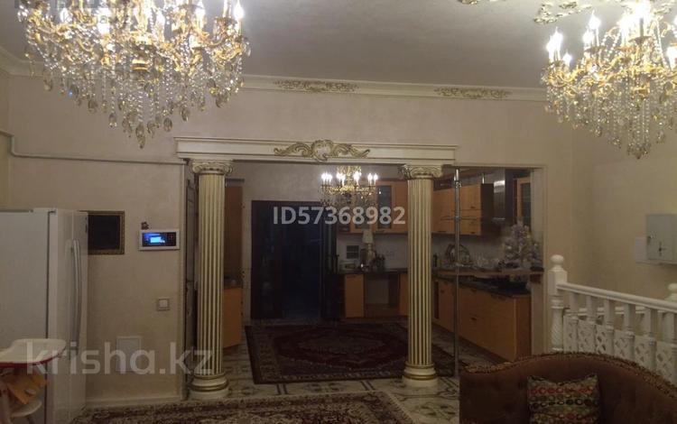 9-комнатный дом помесячно, 460 м², 5 сот., Туркменская 15 — Назарбаева за 600 000 〒 в Алматы, Алмалинский р-н