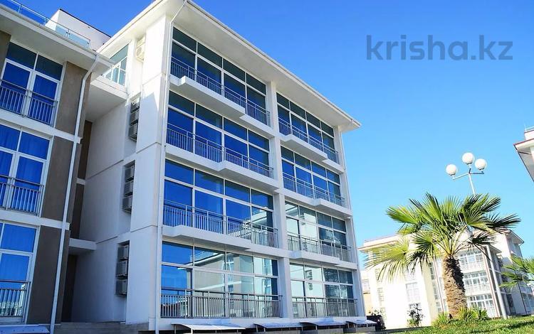 1-комнатная квартира, 35 м², 1/2 этаж, бульвар Надежд 8 за ~ 35.2 млн 〒 в Сочи