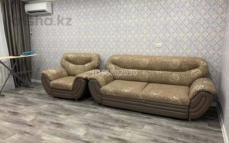 2-комнатная квартира, 52 м², 4/9 этаж посуточно, Жукова 21 за 12 000 〒 в Уральске