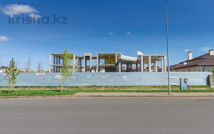 8-комнатный дом, 1368 м², 22 сот., Ивана Панфилова за 173 млн 〒 в Нур-Султане (Астана), Алматы р-н