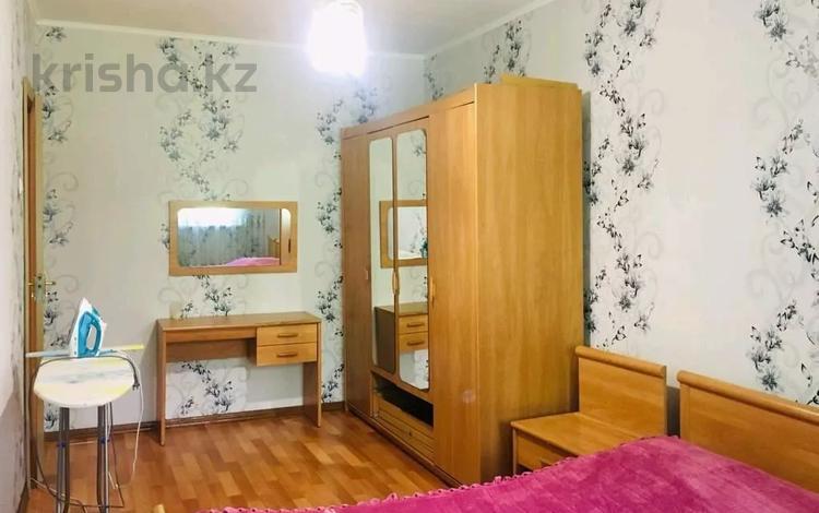 2-комнатная квартира, 45 м², 2/5 этаж посуточно, Шагабутдинова 114 — ул. Джамбула за 8 000 〒 в Алматы, Алмалинский р-н
