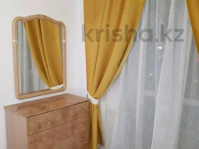 2-комнатная квартира, 56 м², 4/5 этаж посуточно, Керамическая 82 за 8 000 〒 в Караганде, Казыбек би р-н