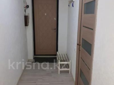 2-комнатная квартира, 56 м², 4/5 этаж посуточно, Керамическая 82 за 8 000 〒 в Караганде, Казыбек би р-н — фото 11