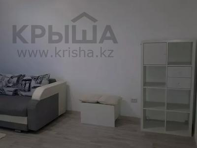 2-комнатная квартира, 56 м², 4/5 этаж посуточно, Керамическая 82 за 8 000 〒 в Караганде, Казыбек би р-н — фото 4