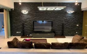 3-комнатная квартира, 176.1 м², 3/4 этаж помесячно, Домалак Ана за 300 000 〒 в Нур-Султане (Астана), Есиль р-н