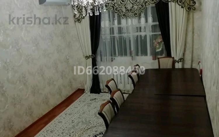4-комнатная квартира, 76 м², 4/5 этаж, улица Толе Би 137а — Бакирова за 12.7 млн 〒 в