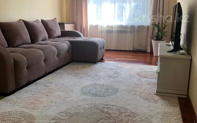 2-комнатная квартира, 53 м², 5/5 этаж, мкр Аксай-4 86 — Саина за 26.5 млн 〒 в Алматы, Ауэзовский р-н