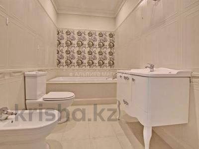 5-комнатная квартира, 330 м², 2/4 этаж, Достык 320 — Оспанова за 160 млн 〒 в Алматы, Медеуский р-н — фото 22