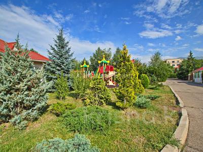 5-комнатная квартира, 330 м², 2/4 этаж, Достык 320 — Оспанова за 160 млн 〒 в Алматы, Медеуский р-н — фото 36