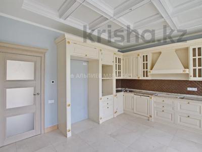 5-комнатная квартира, 330 м², 2/4 этаж, Достык 320 — Оспанова за 160 млн 〒 в Алматы, Медеуский р-н — фото 8