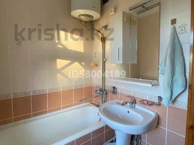3-комнатная квартира, 75 м², 4/5 этаж помесячно, мкр Восток 28 за 120 000 〒 в Шымкенте, Енбекшинский р-н — фото 13