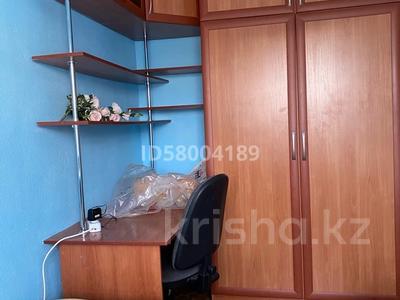 3-комнатная квартира, 75 м², 4/5 этаж помесячно, мкр Восток 28 за 120 000 〒 в Шымкенте, Енбекшинский р-н — фото 20