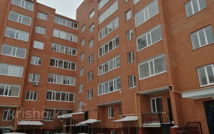 1-комнатная квартира, 42 м², 6/7 этаж, мкр. Батыс-2, Мкр Батыс 2 за 11 млн 〒 в Актобе, мкр. Батыс-2