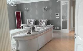 4-комнатная квартира, 180 м², 12/24 этаж помесячно, Байтурсынова 3 за 600 000 〒 в Нур-Султане (Астана)