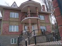 8-комнатный дом, 374 м², 7 сот.