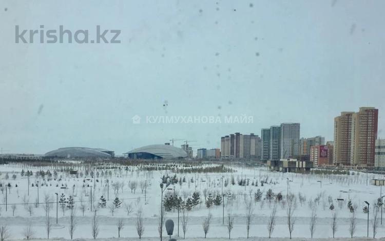 2-комнатная квартира, 58 м², 10/16 этаж, Туркестан 20 за 28.3 млн 〒 в Нур-Султане (Астана), Есиль р-н