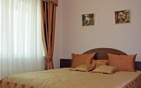 2-комнатная квартира, 60 м², 38/41 этаж посуточно, Достык 5/1 за 16 000 〒 в Нур-Султане (Астана), Есиль р-н