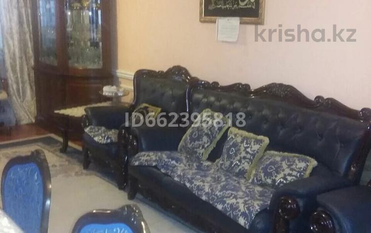 9-комнатный дом, 247 м², 6 сот., улица Текей Батыра за 29.9 млн 〒 в