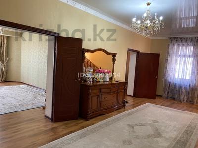 6-комнатный дом, 230 м², 6 сот., Нурмакова 20 за 53 млн 〒 в