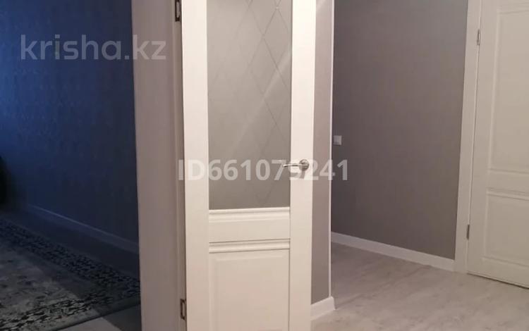 2-комнатная квартира, 67 м², 6/7 этаж, ул. Мангилик Ел 201 А за 17 млн 〒 в Актобе, мкр. Батыс-2