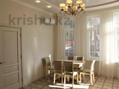 4-комнатная квартира, 95 м², 3/8 этаж, Пирогова за 45 млн 〒 в Сочи — фото 19