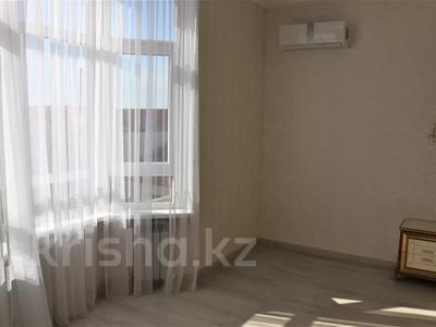 4-комнатная квартира, 95 м², 3/8 этаж, Пирогова за 45 млн 〒 в Сочи — фото 8