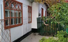 4-комнатный дом, 52.85 м², 4.5 сот., 3-й переулок Е.Кашаганова 35 за 12 млн 〒 в Таразе