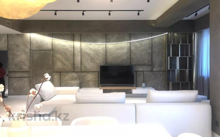 4-комнатная квартира, 200 м², 4/10 этаж, Рубинштейна — Омаровой за 200 млн 〒 в Алматы, Медеуский р-н