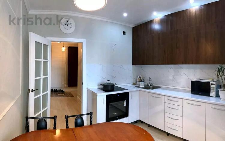 3-комнатная квартира, 80 м², 9/12 этаж, Сатпаева — Туркебаева за 41.5 млн 〒 в Алматы, Бостандыкский р-н