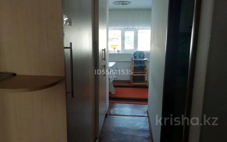 4-комнатный дом, 80 м², Вагонная 5/2 за 10 млн 〒 в Актобе, мкр 11